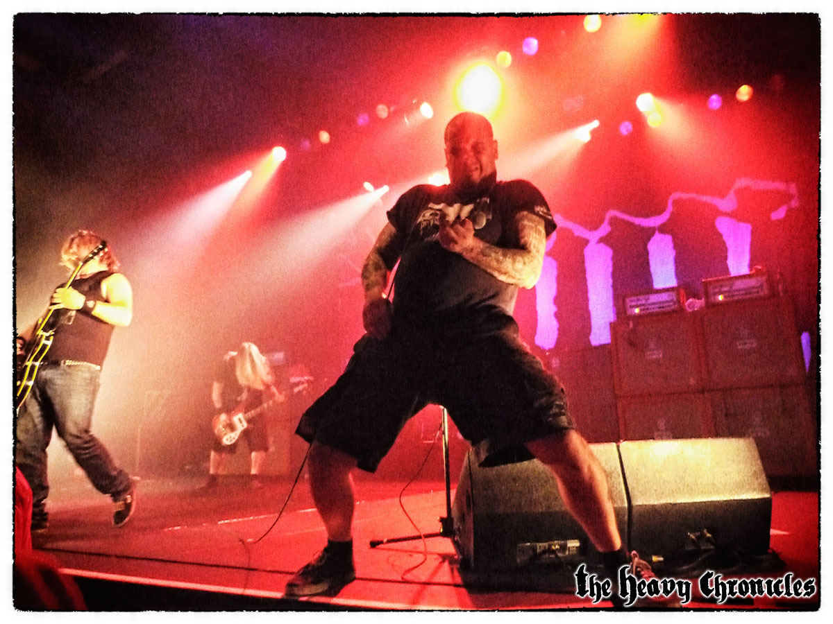 phil-anselmo-down-paris-2012-2