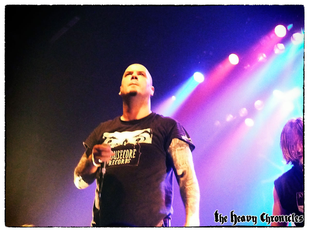 phil-anselmo-down-paris-2012-4