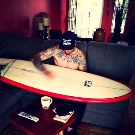 pod-wuv-surfing