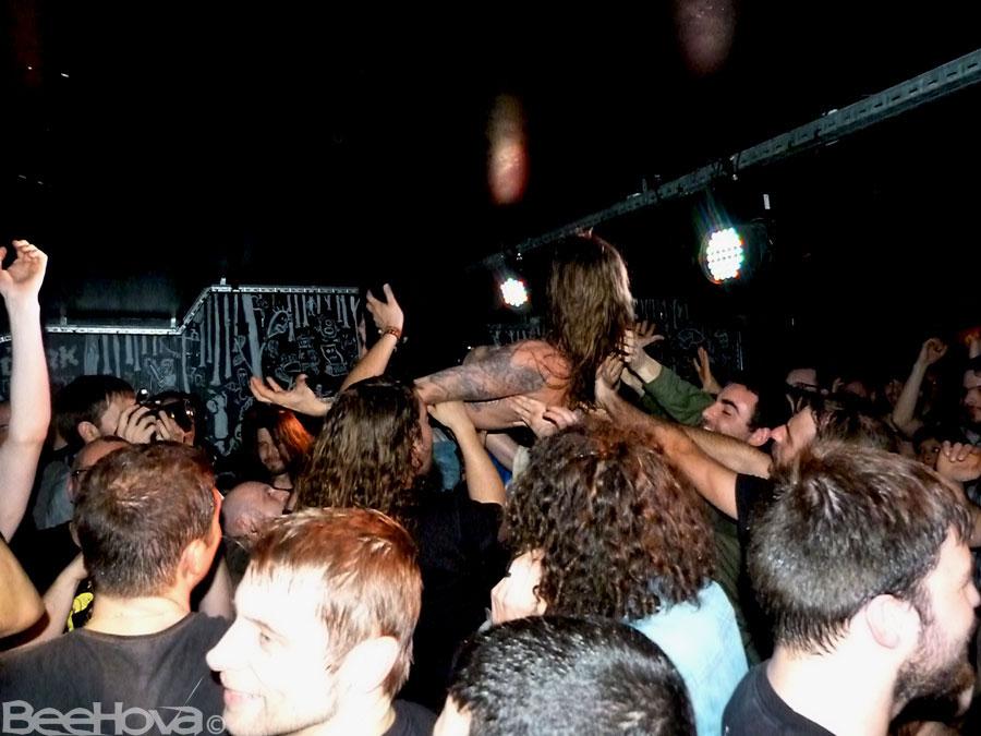 black-tusk-crowdsurf